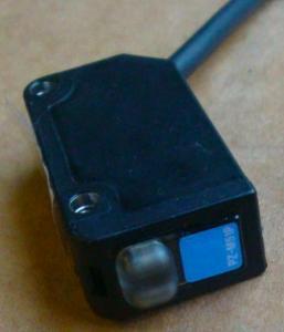 Capteurs photoélectriques à étalonnage automatique