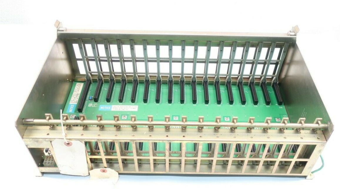 16 Location I / O chassis